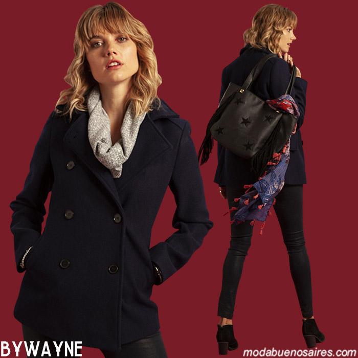 Moda otoño invierno 2019: Look tendencia de moda para este invierno 2019 con abrigo de paño.