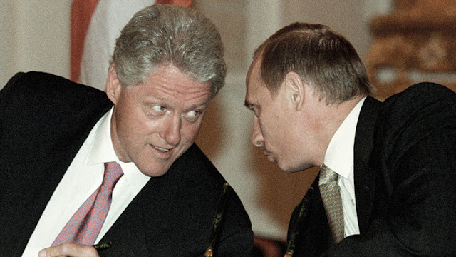 Putin ofreció a Bill Clinton la adhesión de Rusia a la OTAN