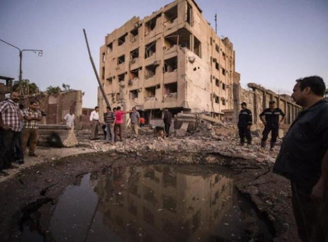 Atentado no Cairo deixa quase 30 feridos