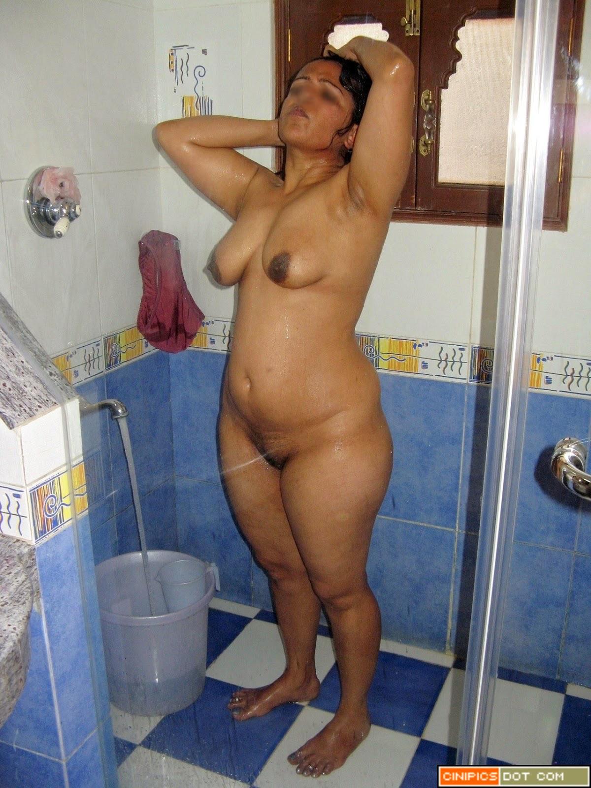 Women looking for Men Kanpur