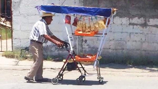 '¡SE BUSCA! - Adaptó una andadera para poder vender dulces y chicharrones para trabajar de manera honrada'