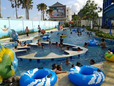 Inilah 12 Kolam Renang Terbaik di Surabaya