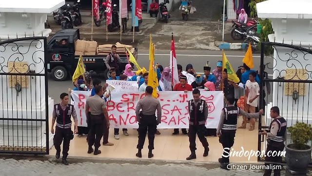 aksi-pergerakan-mahasiswa-islam-indone-indonesia-pmii