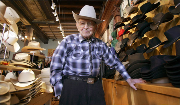 Jack Weil, fundador de Rockmount Ranch Wear