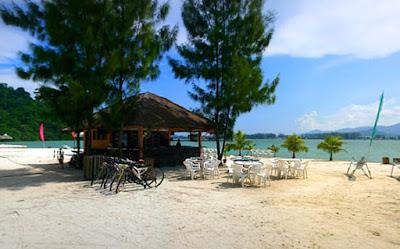 Pantai Jerjak Penang Malaysia
