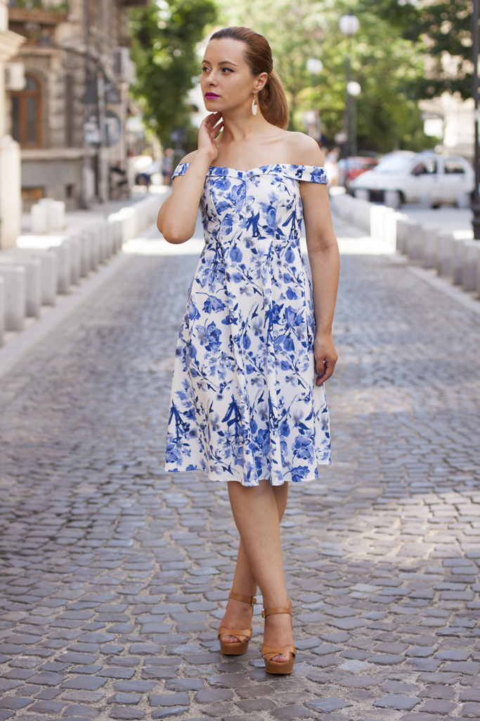 dress with blue print