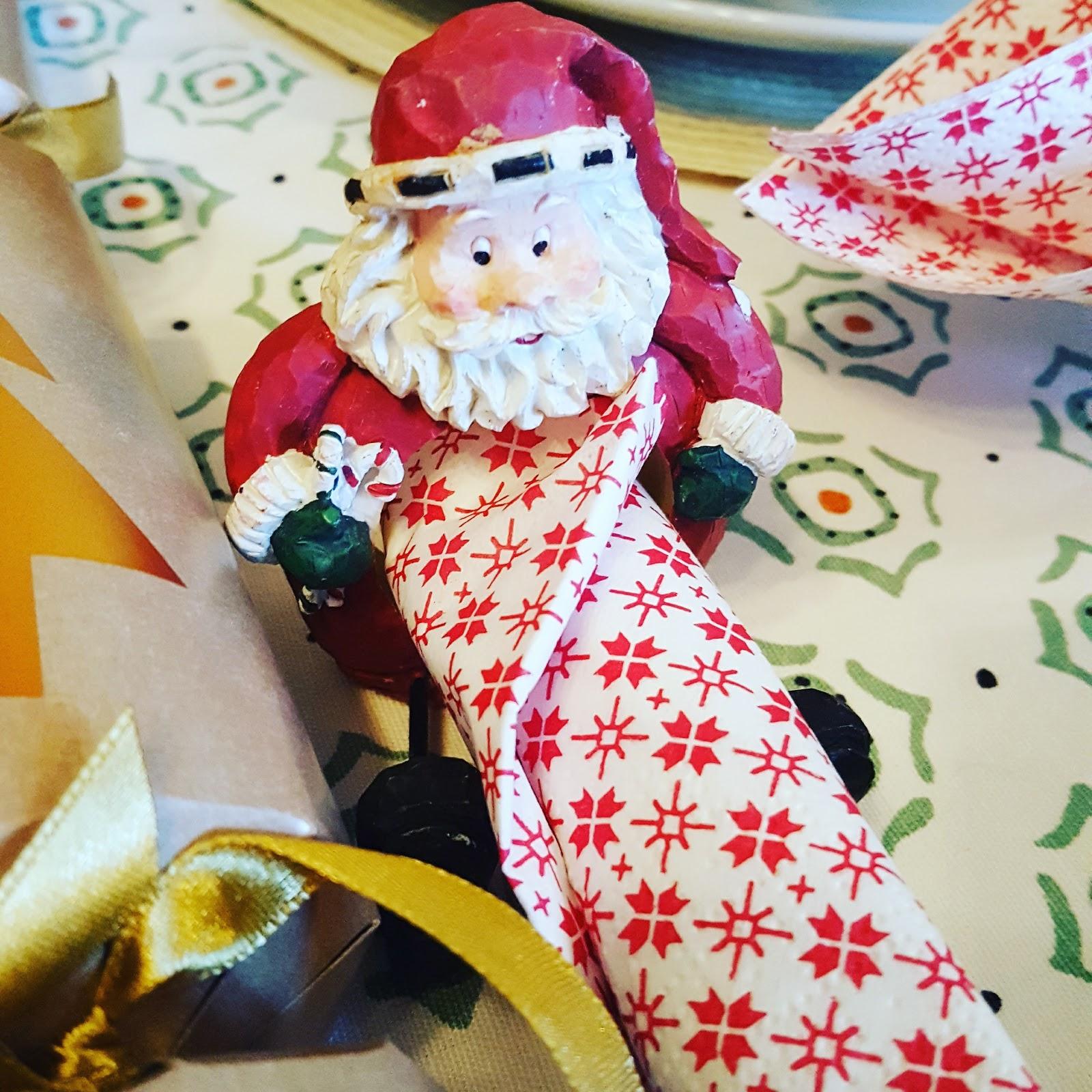 Santa napkin holders