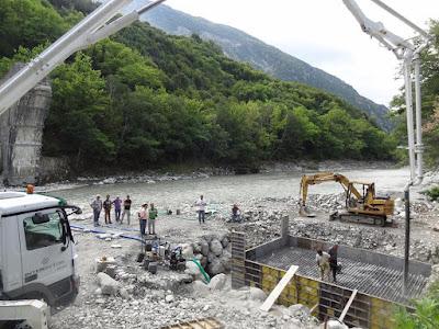 ΓΙΑΝΝΗΣ ΣΕΝΤΕΛΕΣ-Το ιστορικό γεφύρι της Πλάκας θα στηθεί ξανά πάνω από τον Άραχθο, το φθινόπωρο του 2019 - : IoanninaVoice.gr