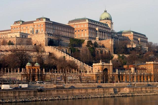 Passeio pelo distrito do castelo, Budapeste