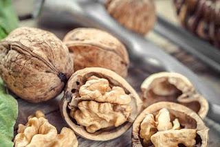 walnuts, walnut, how to get beautiful skin, kacang brazil cantikkan kulit, beauty skin, beautiful skin, makanan untuk cantikkan kulit, kekacang cantikkan kulit