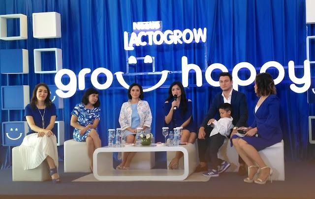 Para narasumber yang hadir dalam event Nestle Lactogrow 'Grow Happy'