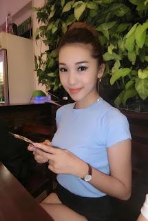 Gái xinh facebook Emily Nguyễn