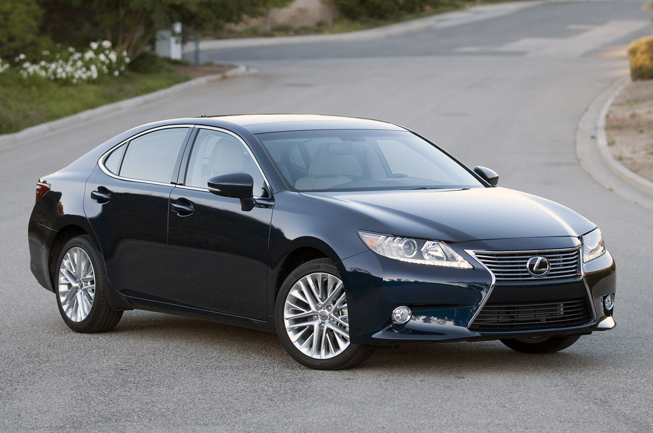 automotiveblogz 2013 lexus es 350 review photos. Black Bedroom Furniture Sets. Home Design Ideas