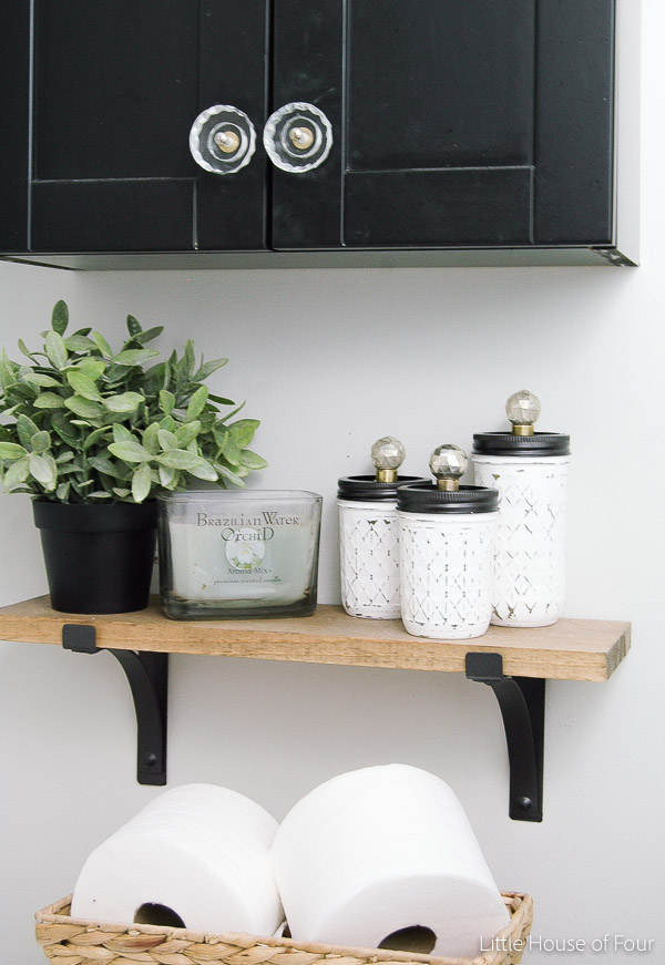How to use Ikea artificial plants to decorate your home