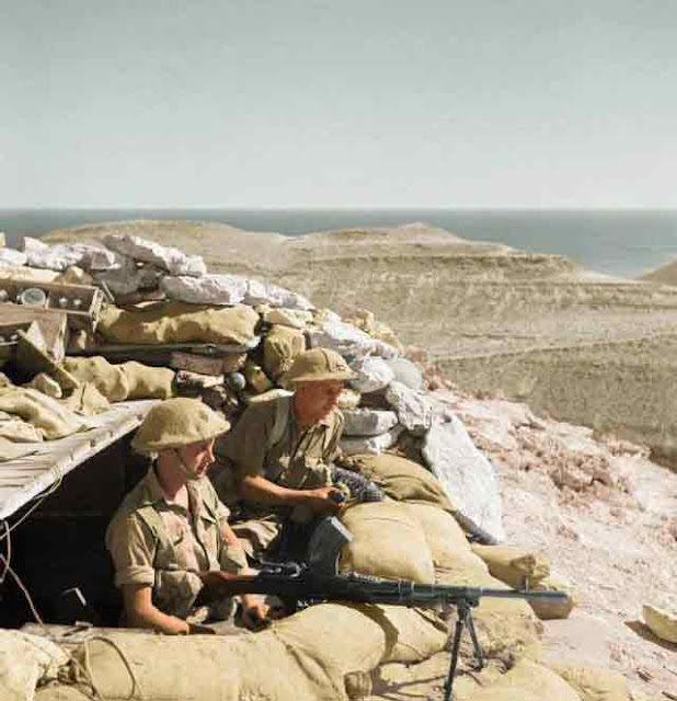 Bren Gun at Tobruk, 10 November 1941 worldwartwo.filminspector.com