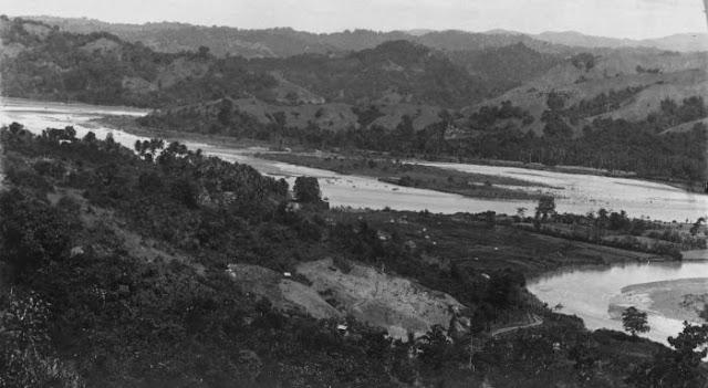 Collectie Tropenmuseum: Pertemuan Sungai Sadang dan Sungai Mata-Allo di Kab. Enrekang (Tahun 1930-1936)