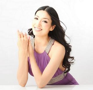 韓国人モデルアンミカ