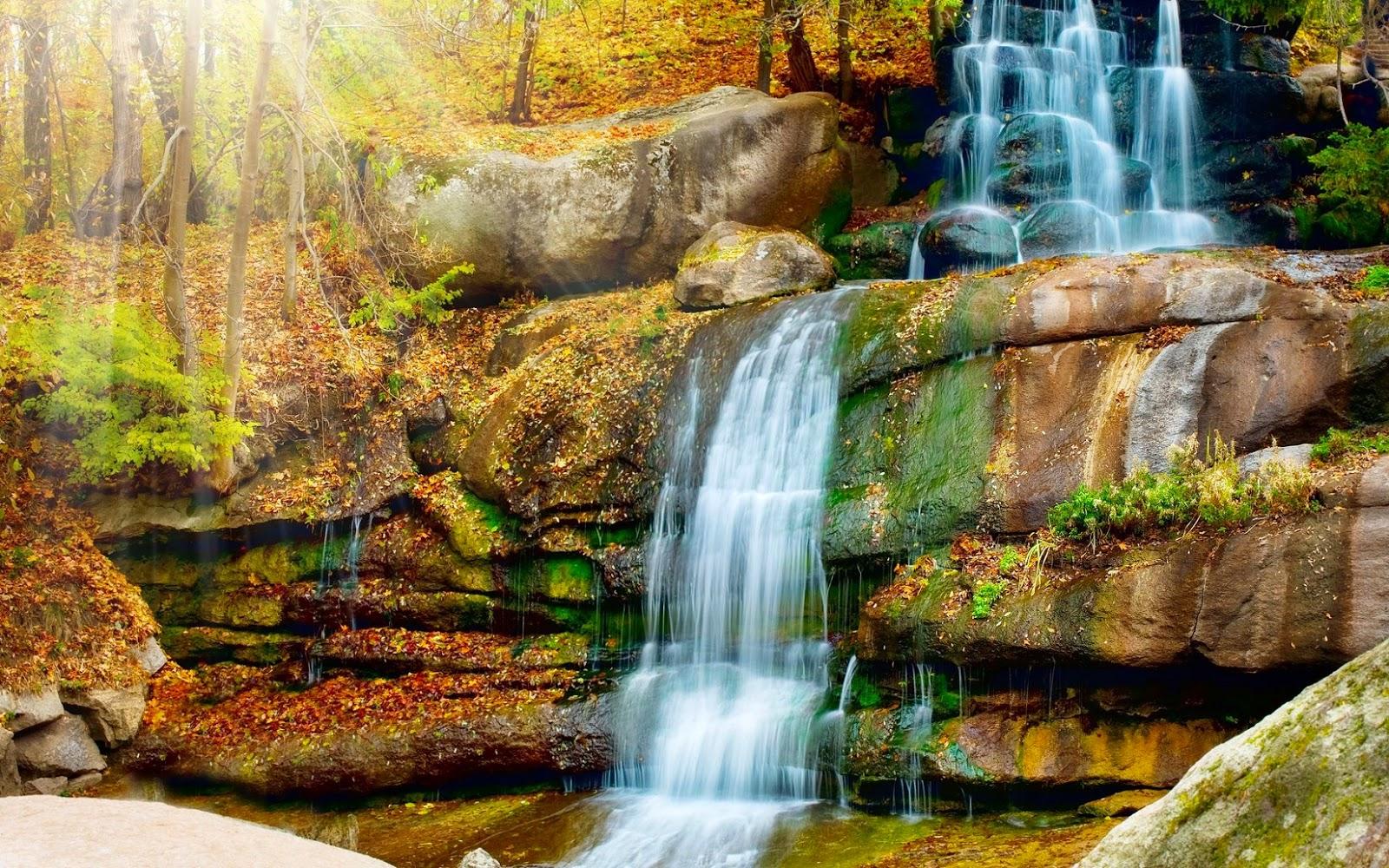 kumpulan gambar pemandangan air terjun