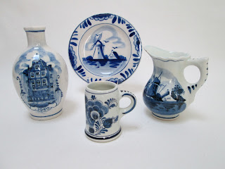 Delft Pottery Miniatures-4pc