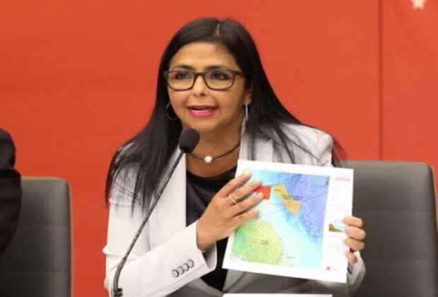 """Delcy Rodríguez: Quienes piden intervención no serán ni """"cargamaletin"""" de los marines"""