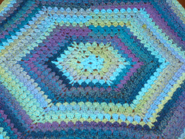 Crafts By Starlight Hexagon Afghan