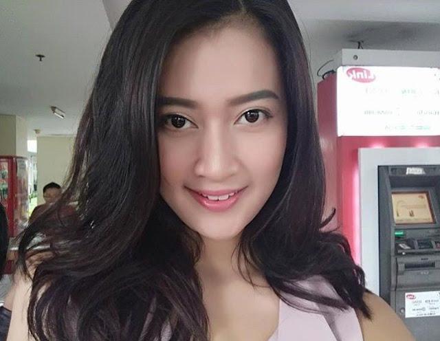 Nika Indah (Farida)
