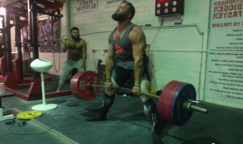 7443d74772 Trent worked up to an all time PR on the deadlift of 220kg and for him the  smallest suggestion from me 2 weeks ago regarding grip, he claims has fixed  his ...