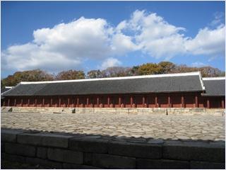 ศาลเจ้าชงเมียว (Jongmyo Shrine)
