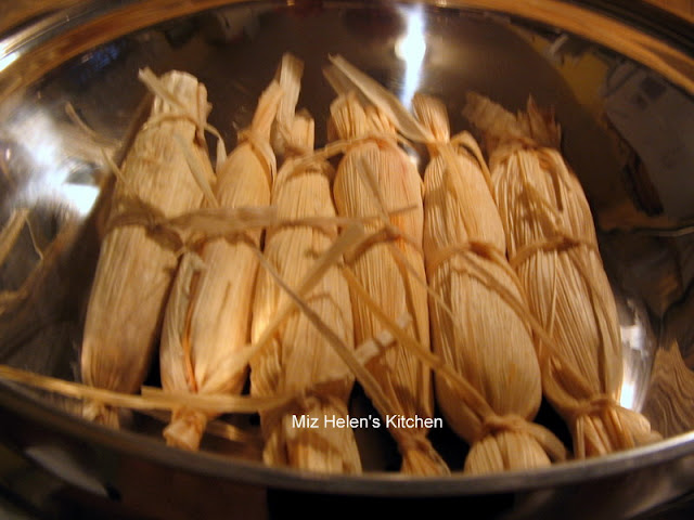 Cranberry Turkey Tamales at Miz Helen's Country Cottage