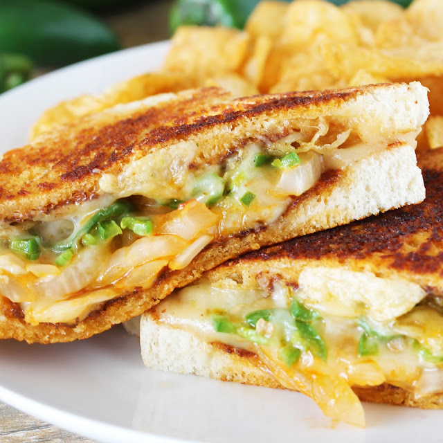 The Ultimate Spicy Grilled Cheese - thestayathomechef.com