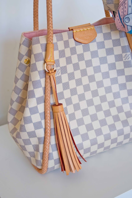 breloczek w torbie od Louisa Vuitton, oryginał