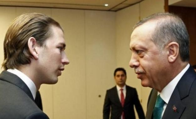 Ερντογάν: Τα μέτρα Κούρτς οδηγούν σε πόλεμο σταυρού και ημισελήνου