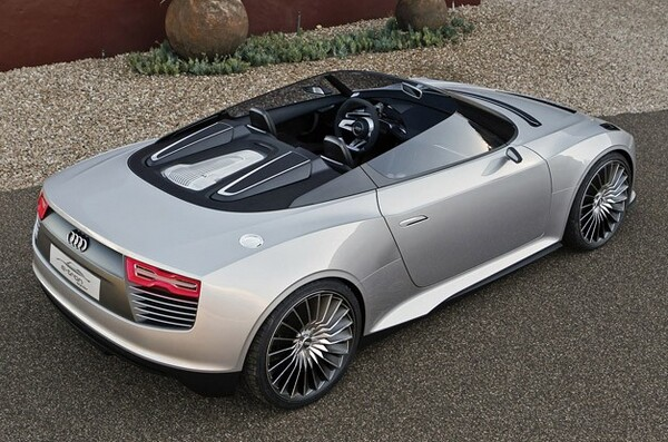 2014 Audi e-tron Spyder car