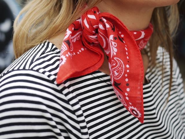 moda-sostenible-elisamuresan-navy-bandana