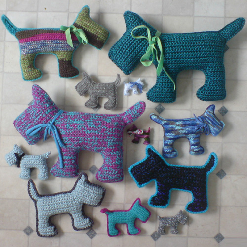 Scottie Dogs in four sizes - Free Pattern