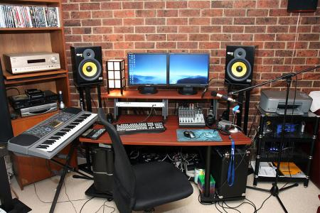 Admirable Music Hut Creative Ideas For Home Recording Studio Largest Home Design Picture Inspirations Pitcheantrous