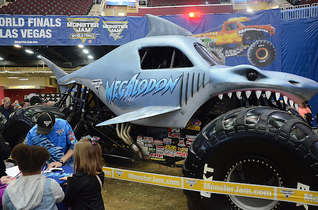 Monster Jam Pit Party Megalodon