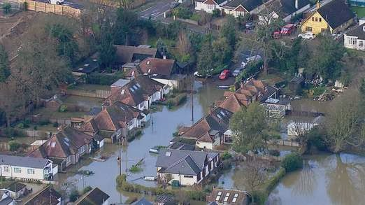 Súlyos árvíz Angliában
