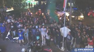 Ratusan Bobotoh Gelar Aksi Protes Tiket Online Persib