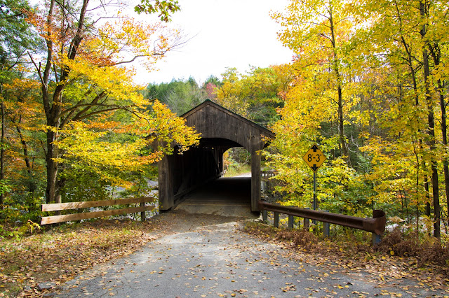 Waterville-Montgomery covered bridge road