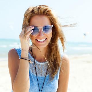 Защитить волосы от солнца летом