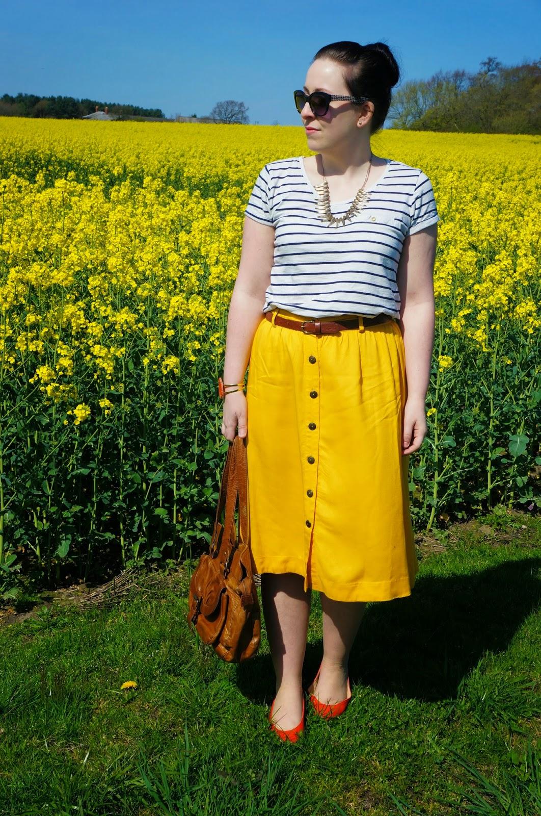 Midi Skirts for Short Girls