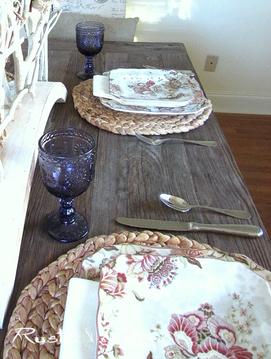 Farmhouse Table for Fall