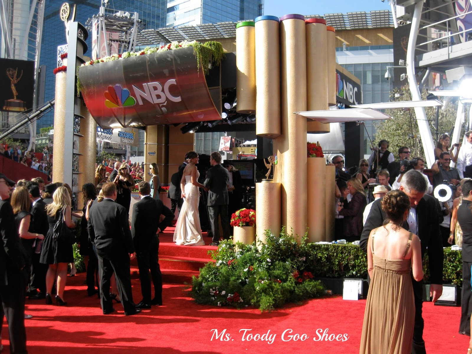 Looking Backward To The Emmys  - Ms Toody Goo Shoes