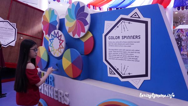 Science Circus - Robinsons Place Bacolod - The Science Museum - color spinners