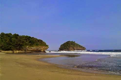 Pantai Kondang Iwak merupakan salah satu Objek Wisata Pantai Kondang Iwak Malang
