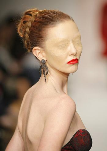 hair style and new fashion runway fashion makeup 2012