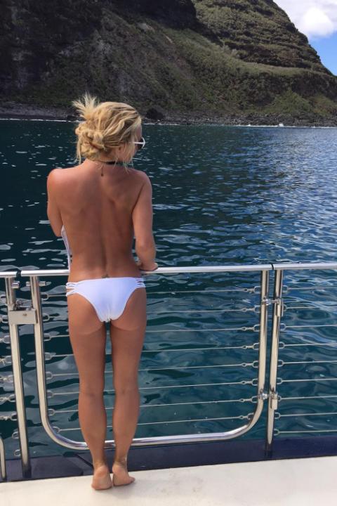celebs en bikini