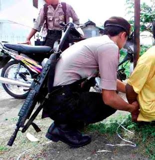 Jokowi Diminta untuk Menindak Kapolri dan Kapolda Papua