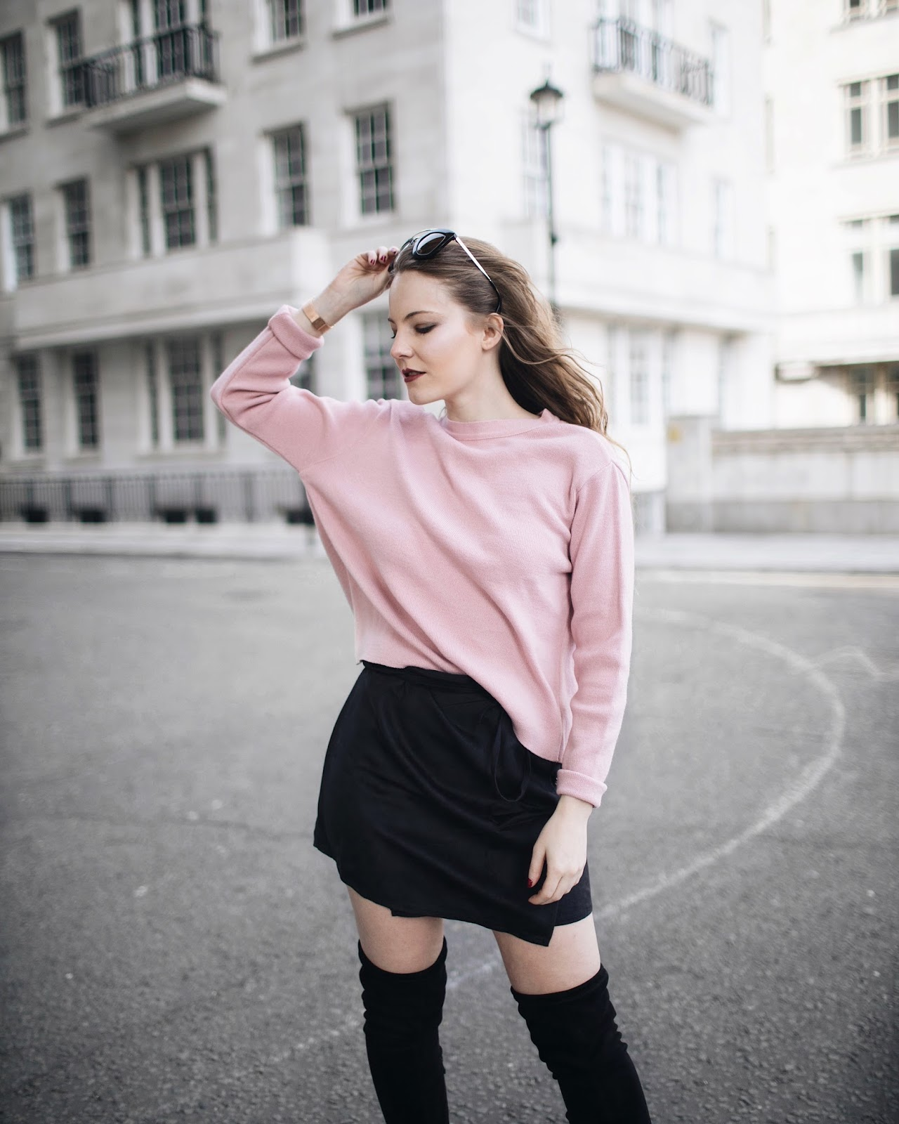 blogs on life, blogging changed me, blogging changed life, i want to start a blog, blogging changed my life, public desire thigh high boots, gucci bag, pink jumper, rose jumper, gucci, london blogger, london fashion blogger, london based fashion blogger